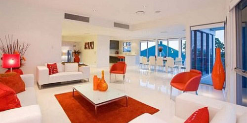 interior warna orange