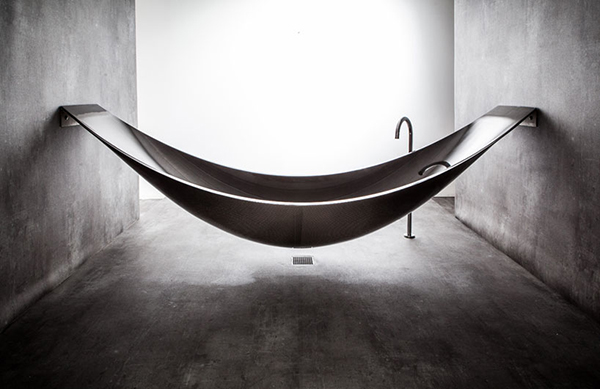 model bathtub
