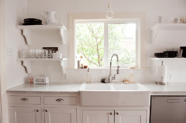 kitchen sink warna putih